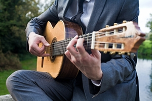 How To Find The Best Wedding Guitarist